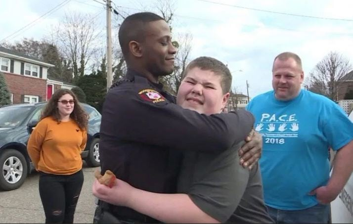 Police officer rescues teddy bear after 12-year-old with autism calls 911