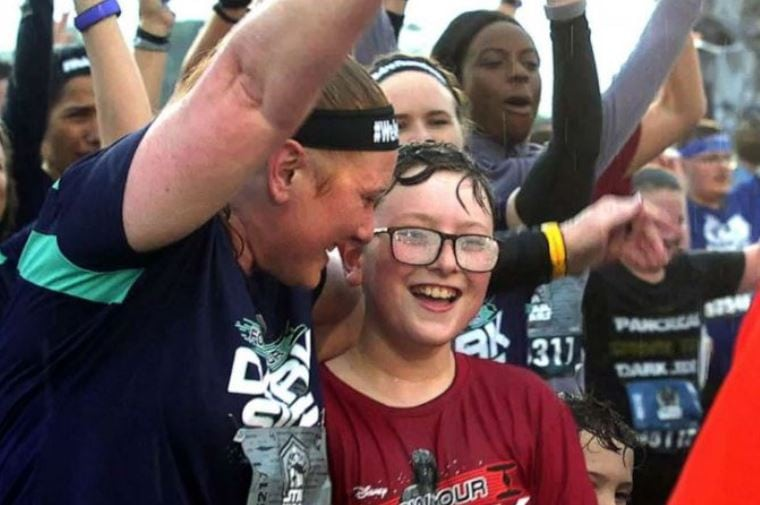 11-year-old amputee completes his first 5k after losing his leg to cancer