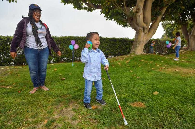 Beeping Easter eggs help visually impaired kids join in on the hunt