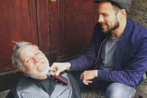 This Kind Hairdresser Transforms Thousands Of Homeless People With Free Makeovers