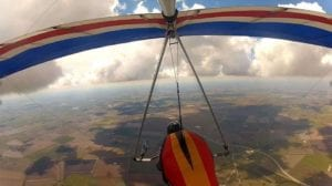 Man sets out to hang glide from South Texas to Canada to raise money for breast cancer research