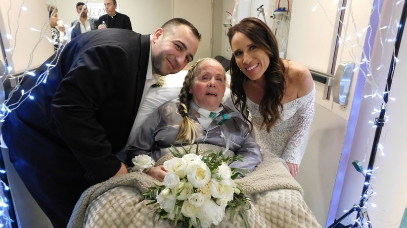 Couple gets married at nursing home where bride's mom is so she wouldn't miss the wedding
