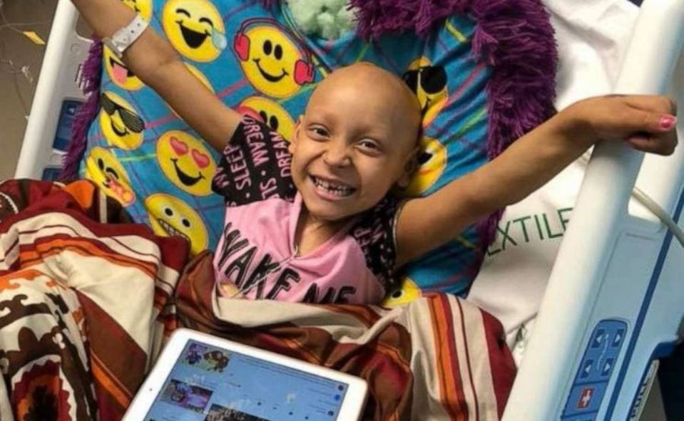 8-year-old celebrates being cancer free on her birthday and donates gifts to her friends still fighting in hospital