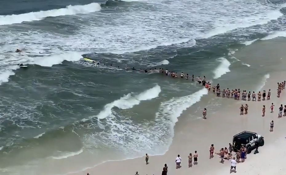 Human chain forms to rescue couple from rip current in Florida panhandle