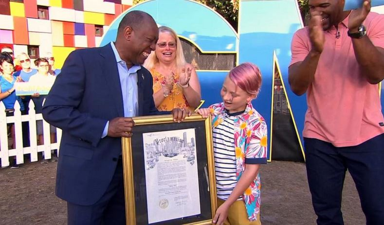 """Houston Mayor Sylvester Turner, far left, proclaims July 10 """"Matthew Reel Day"""" in honor of 12-year-old Matthew Reel. Credit: ABC News - Soource: GMA"""