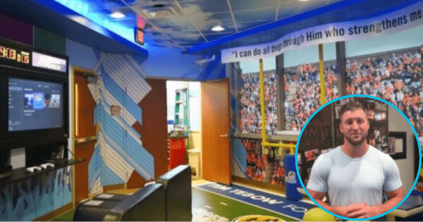 Tim Tebow announces 10th playroom for children's hospital so these little patients can 'just be kids again'