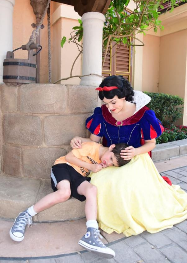 'It Was True Magic' - Snow White uses Disney magic to calm boy with autism who was having a meltdown. Credit: Lauren Bergner