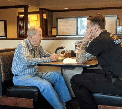 Lonely veteran sitting by himself at dinner finds comfort in the kindness of a server who wanted to listen.