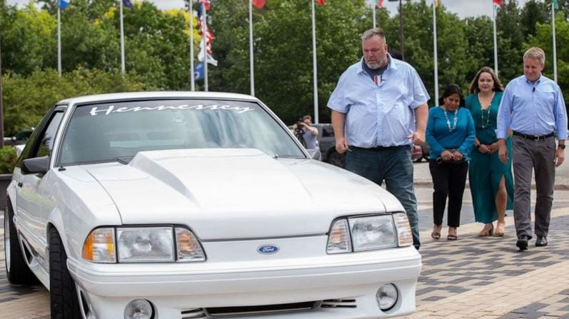 Ford restores '93 Mustang for San Antonio man who sold his to pay for wife's medical bills.