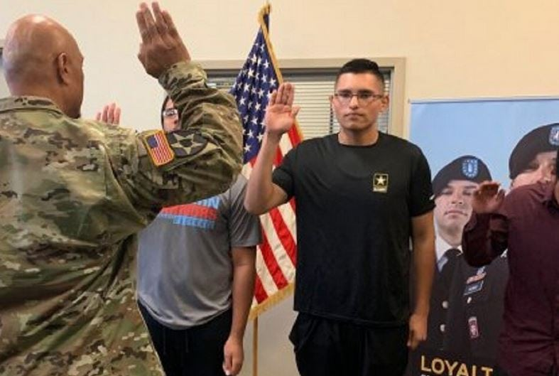 Patriotic and driven 18-year-old loses 113 pounds just so he can enlist in the US Army. Credit: U.S. Army