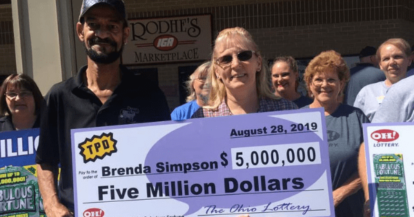 "Dedicated teacher still plans to work after hitting $5 million jackpot - ""I told my husband he can retire"". Credit: Oh! Lottery - Facebook"