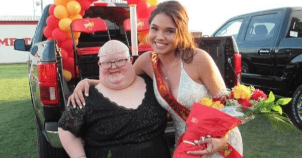 Homecoming queen shares title & crown with friend and fellow nominee who has Down syndrome