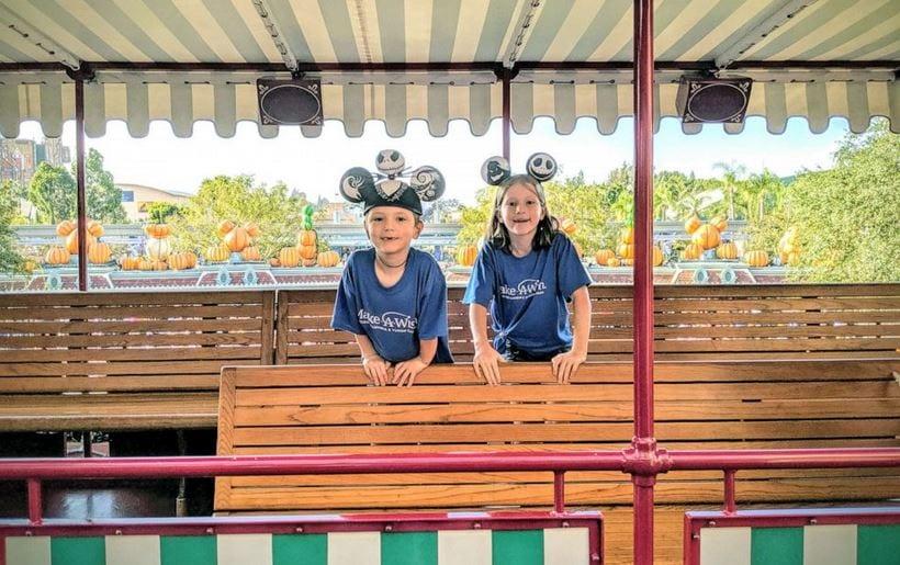 "6-year-old cancer survivor gets wish granted to open Disneyland gates to public - ""I got to open Disneyland!"""