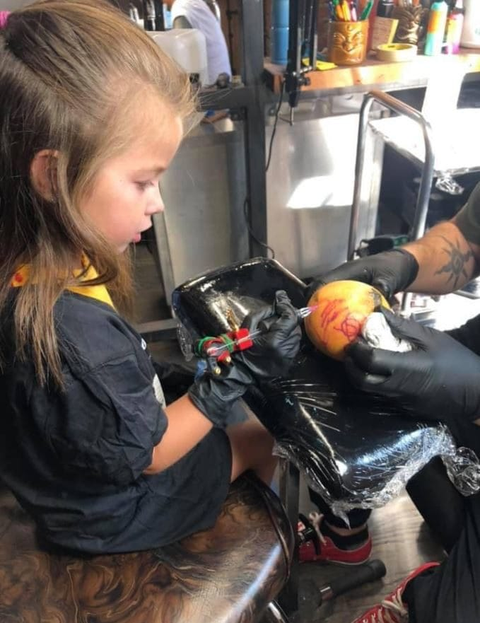 Adorable 5-year-old girl with leukemia gets to live her dream of being a tattoo artist for the day. A Special Wish Cleveland Chapter