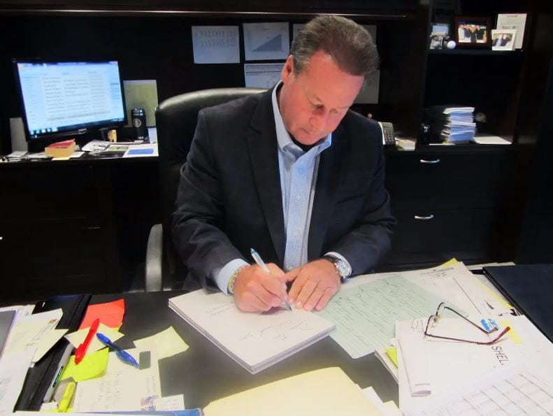 CEO takes the time each year to write birthday cards for all 9,200 employees to promote gratitude.
