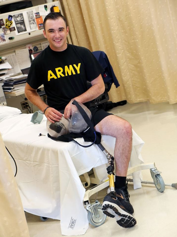 "Hero Soldier amputates his own leg to save the lives of his crew after tank accident - ""Either I step up or we all die"". Source: Defense.gov - Credit Corey Toye, Army"