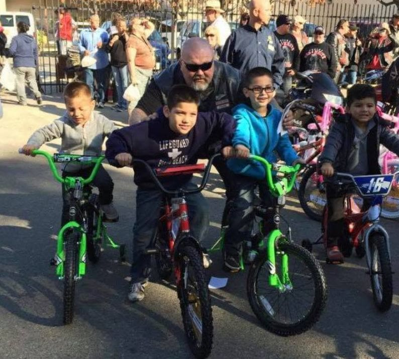 Hells Angels in Fresno buy every single bike at Walmart to give to less fortunate kids this holiday season